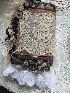 Suziqu's Threadworks: Mini Journals
