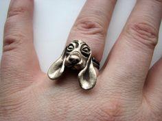 Dog ring basset hound