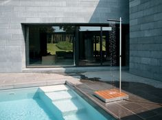 outdoor-shower-tradewinds-cascasde-4.jpg