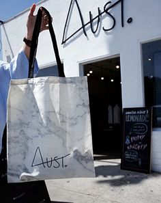 We specialize in Plastic bags manufacturer in California, Wholesale packaging, Retail shopping bags, Boutique store bags California, Los Angles and many more. Custom Printed Boxes, Custom Bags, Super Zoo, Retail Bags, Wholesale Packaging, Packaging Company, Promotional Bags, Kraft Bag, Go Bags