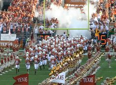The Lone Star State is not only home to good BBQ and country music, Texas is also home to the University of Texas—the longhorn nation. If you're a longhorn, or longhorn fan, you'll know what I mean. Texas Longhorns Football, Ut Longhorns, Dallas Cowboys, Alabama Football, American Football, Texas Cowboys, Football Gear, Football Season, College Football
