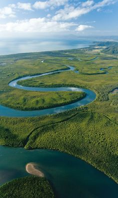 A beautiful aerial view of Daintree National Park, Tropical North Queensland, Australia For more travel updates be connected to Travel Universally Queensland Australia, Western Australia, Australia Travel, Australia Visa, Daintree Rainforest, Amazon Rainforest, All Nature, Amazing Nature, Great Barrier Reef