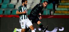 Jorge Jesusfez apenas duas alterações em comparação com a última convocatória frente ao Benfica. O treinador leonino praticamente não mexeu na estrutura b