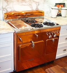 I am in love with this copper stove! Retro Appliance - Chambers Copper Range - Journal - The Kitchen Designer - by karen paul interiors Kitchen Design, Kitchen Decor, Kitchen Ideas, Space Kitchen, Kitchen Tables, Kitchen Art, Kitchen Tips, Kitchen Furniture, Kitchen Gadgets