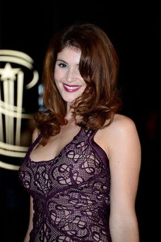 Gemma Arterton Hot and Sexy Photos Gemma Arterton, Gemma Christina Arterton, Beautiful Redhead, Beautiful Celebrities, Beautiful Actresses, Gorgeous Women, Redhead Hairstyles, Brunette Beauty, Woman Crush
