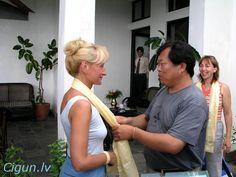 Irina Donskaya и Mingtang Xu в Катманду.