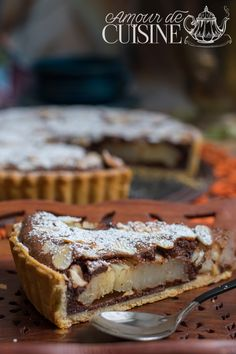 pear and chocolate tart by Stephane Glacier - Amour de cuisine - pear and chocolate tart from Stephane Glacier 1 - Easy Apple Cake, Apple Cake Recipes, Homemade Cake Recipes, Cookie Recipes, Snack Recipes, Dessert Recipes, Pie Recipes, Brownie Desserts, Fall Desserts
