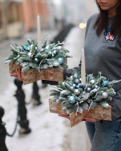 wianki na Święta. Christmas Topiary, Christmas Candle Decorations, Christmas Flower Arrangements, Christmas Tablescapes, Christmas Candles, Outdoor Christmas, Christmas Wreaths, Christmas Crafts, Christmas Store