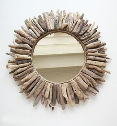 DIY – Driftwood Mirror Tutorial
