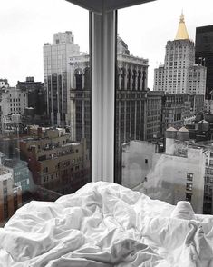 Apartment View, Apartment Goals, Dream Apartment, City Aesthetic, Aesthetic Rooms, Aesthetic Backgrounds, Aesthetic Wallpapers, Future House, My House