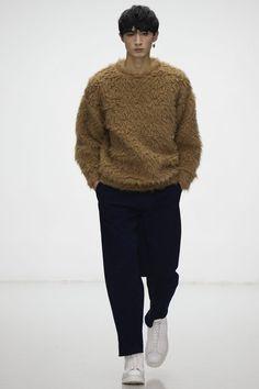 Lou Dalton Fall/Winter 2016/17 - London Collections: MEN - Male Fashion Trends