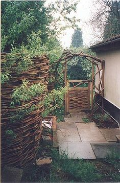willow fences and screens