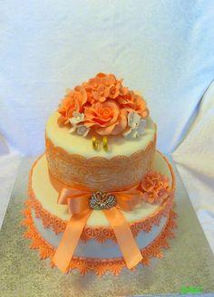 wedding cake in apricot - svadobná tortička v marhuľovom