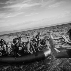 Patrick Witty's Dramatic Photos Capture What It's Like To Arrive As A Refugee - BuzzFeed News