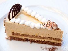 A revolution in Gastronomy Sweets Recipes, Cake Recipes, Mousse Cake, Food Industry, Cake Mold, How To Make Cake, Vanilla Cake, Tiramisu, Fondant