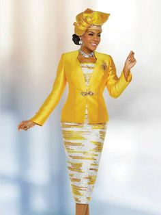 Marc 48223 Ladies Designer Church Suit Style 48223 from Ben Marc is a three piece ladies' silky twill church suit that has a solid 24 inch jacket, a print cami, and a print 32 inch skirt. Church Suits And Hats, Church Attire, Women Church Suits, Church Dresses, Church Outfits, Suits For Women, Clothes For Women, Office Outfits Women, Summer Outfits Women