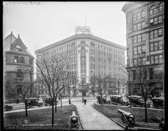 Lafayette Square, wIth the Buffalo Public Library and The Hotel Lafayette, 1908.  Vintage Photos of New York City in the 1900s