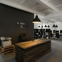 simple office idea, wooden pallets, ikea lamps, black