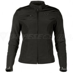 Femininity and careful attention to detail distinguish this city jacket in soft and shiny fabric. A fit created expressly for lady wearers, elasticated inserts, side and cuff adjustment possibilities, and a removable thermal lining.