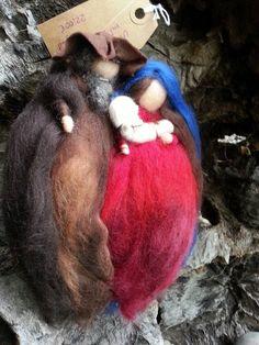 Krippen - Heilige Familie Maria Josef Jesuskind hängend Filz - ein…