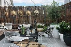 Patio Plants, Bohemian Living, Outdoor Furniture Sets, Outdoor Decor, Outdoor Entertaining, Garden Inspiration, Outdoor Living, New Homes, House