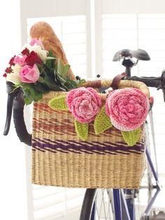 Cabbage Roses | Yarn | Free Knitting Patterns | Crochet Patterns | Yarnspirations