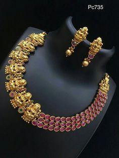 Indian Wedding Jewelry, Indian Jewelry, Bridal Jewelry, Beaded Jewelry, Gold Jewellery Design, Simple Jewelry, Jewelry Patterns, Necklace Designs, Antique Jewelry