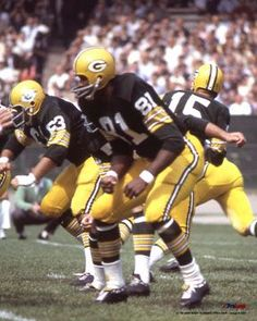 Marv Fleming Green Bay Packers 1963-69 and Miami Dolphins 1970-74.