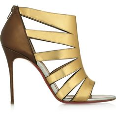 Christian Louboutin Beautyk 100 cutout metallic patent-leather sandals (¥49,685) ❤ liked on Polyvore featuring shoes, sandals, metallic, metallic high heel sandals, christian louboutin shoes, cutout sandals, cut-out shoes and patent shoes