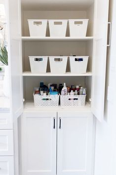 How to Organize your Bathroom one simple step at a time! Read more as Ashley shares her functional home organization tips she added to her master bathroom. Bathroom Organization, Organization Hacks, Home Decor Inspiration, Decor Ideas, Decorating Ideas, Interior Decorating, Set Of Drawers, Storage Cabinets, Getting Organized