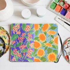 Moleskine sent me their watercolor sketchbook and it's been a perfect surface for my usual gouache 🌻I've been using it to plan out patterns before I paint them onto clay Watercolor Sketchbook, Artist Sketchbook, Fashion Sketchbook, Watercolour, Flower Doodles, Doodle Flowers, Guache, Art Journal Pages, Art Journals