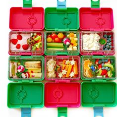 What's your favorite homemade snack? Few ideas packed in Yumbox MiniSnack boxes. #yumbox #MiniSnack #snackbox #snacktime #snack #realfood #portioncontrol #weightwatchers #lunchbox #bento #cleaneating #fitfam #snackattack #yummy