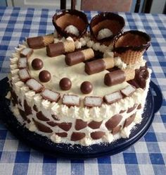 Kakaos p. Cookie Recipes, Dessert Recipes, Hungarian Recipes, Cakes And More, Chocolate Desserts, Fondant, Cake Decorating, Food And Drink, Fudge
