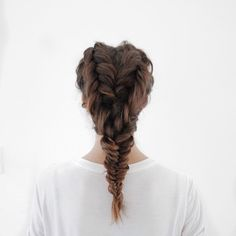 We are seeing hearts with @tobruckave new take on the fishtail braid