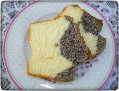 Schneller Rührkuchen: Mohn-Joghurt Kuchen Quick-Rice Cake Poppyseed Yogurt Cake from the Thermomix Thermomix Desserts, Vegan Desserts, Frugal, Yogurt Cake, Gateaux Cake, Rice Cakes, Pampered Chef, Cakes And More, Coffee Cake