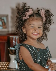 "Natural Hair on Instagram: ""Too cute 📸 @k.a.i.a_3 💕👑💕 Follow @viral_qt for more awesome content! • • •Please SHARE and TAG a friend • • • • • • • • #naturalhair…"" Cute Mixed Babies, Cute Black Babies, Black Baby Girls, Beautiful Black Babies, Cute Baby Girl, Beautiful Children, Cute Babies, Baby Girl Hairstyles, Braided Hairstyles"