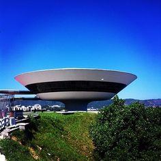 MAC de Nitorói | 25 lugares incríveis no Rio de Janeiro para ir além das praias