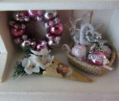 how to: Christmas roses cornucopia