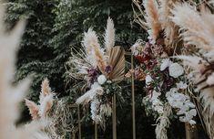 A Whimsical Chic Outdoor Wedding At Janda Baik - The Wedding Notebook magazine Restaurant Wedding, Wedding Catering, Wedding Events, Perfect Wedding, Diy Wedding, Wedding Flowers, Wedding Notebook, Wedding Planner, Glittering Lights