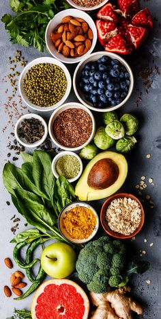 How to maintain a balanced diet Healthy Menu, Healthy Smoothies, Healthy Recipes, Healthy Fruits, Tomate Mozzarella, Good Food, Yummy Food, Batch Cooking, Food Goals