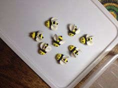 Bumble Bee Cupcake Toppers : 3 Steps (with Pictures) - Instructables Bumble Bee Cupcakes, Cake Decorating Designs, Bee Cakes, Edible Glue, Piping Tips, Gel Color, Jelly Beans, Cupcake Toppers, Baby Showers