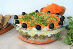 salata aperitiv cu ficatei Lidl, Food And Drink, Pudding, Chicken, Meat, Desserts, Cakes, Hair, Salads