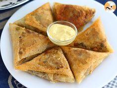 Une recette bien croustillante à servir en entrée ou en plat accompagnée d'une salade composée par exemple. - Recette Plat : Samoussas au bœuf par...