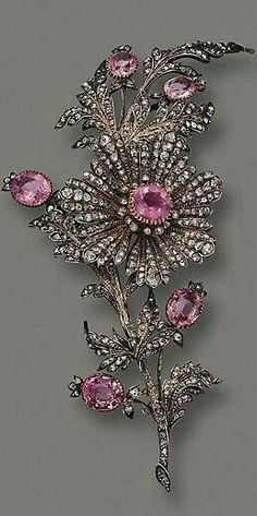 An antique pink topaz and diamond flower brooch circa - Jewelry Image Victorian Jewelry, Antique Jewelry, Vintage Jewelry, Bijoux Art Nouveau, Jewelry Accessories, Jewelry Design, Pink Topaz, Diamond Brooch, Sapphire Diamond