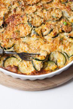 Zucchini-Mais-Quiche ohne Boden. Extrakäsig und verdammt gut - kochkarussell.com