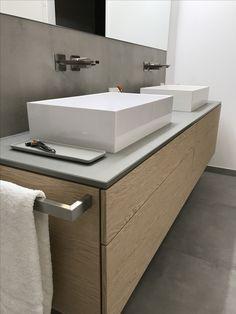 #Bath concrete and oak #pure