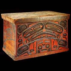 Haida carved and painted red cedar bentwood box | Photo: Canadian Museum of Civilization | magpie & whiskeyjack: March 2009