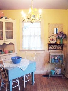 Maybe a remodel for our back room - remove the dogs, reverse this picture and we have a new breakfast nook!