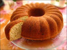 Sulu kek yapmak isterseniz, sizler için derlediğimiz bu sulu kek tarifini deneyebilirsiniz.
