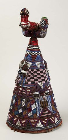 Africa | Crown from the Yoruba people of Nigeria; glass beads, wood and cloth